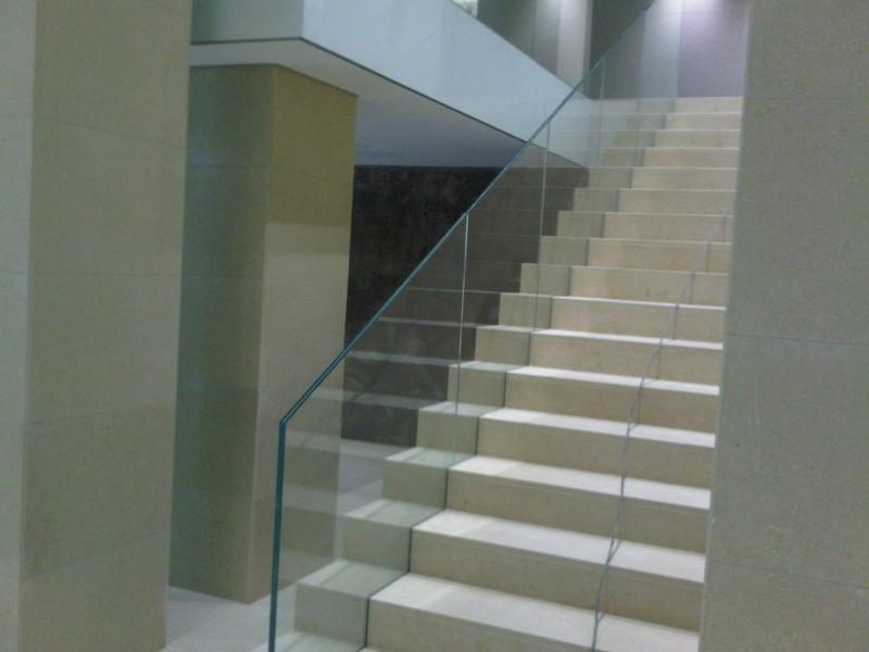 garde corps vitr tournai escalier et vitrage tournai. Black Bedroom Furniture Sets. Home Design Ideas